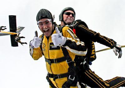 Parachute Jump 195-240 €