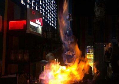 pub fire show-min
